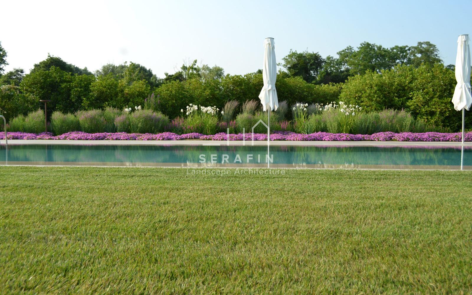 foto giardino esclusivo con piscina - 3