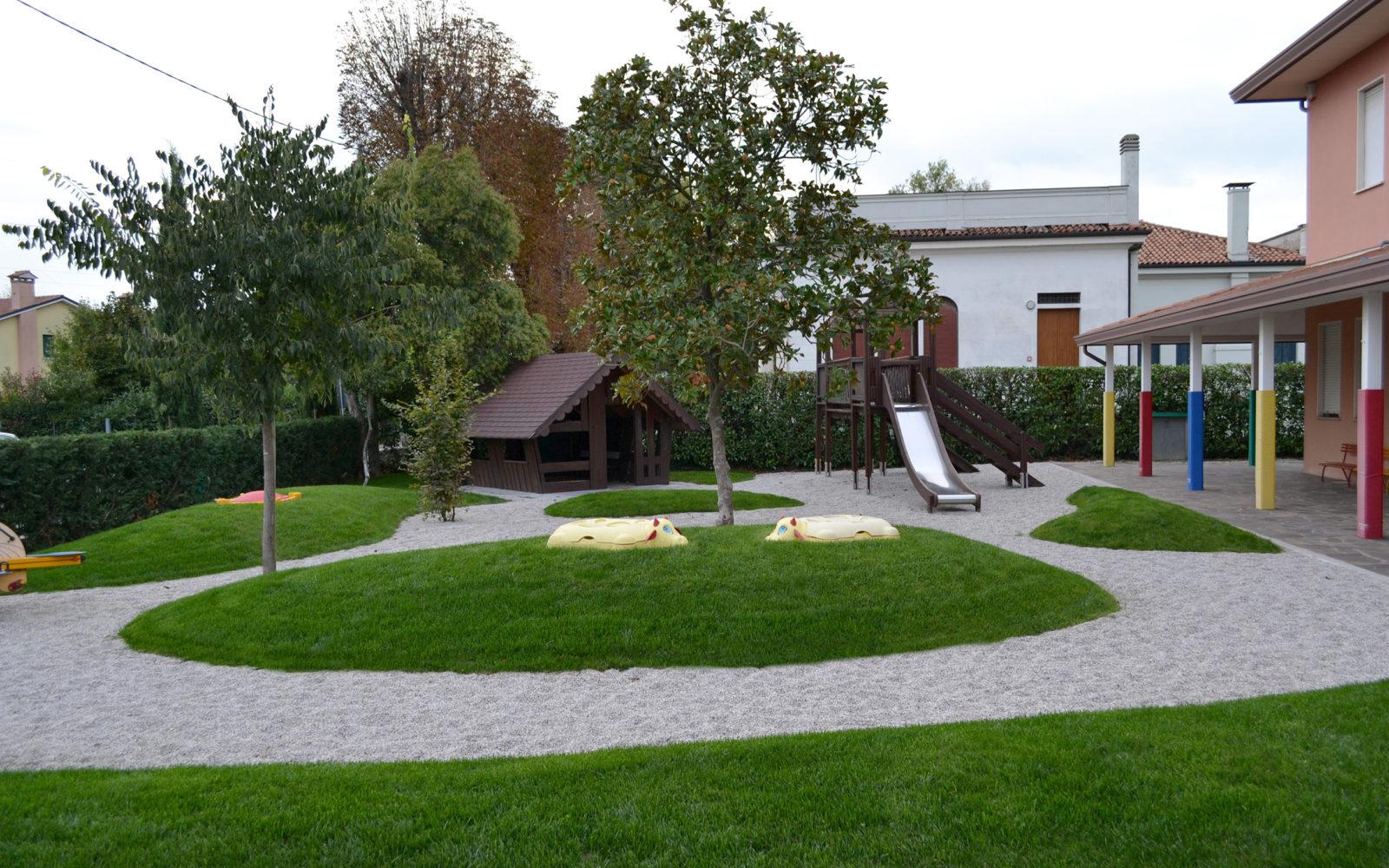 giardino ludico della scuola materna Pio X a Lancenigo di Villorba - 1