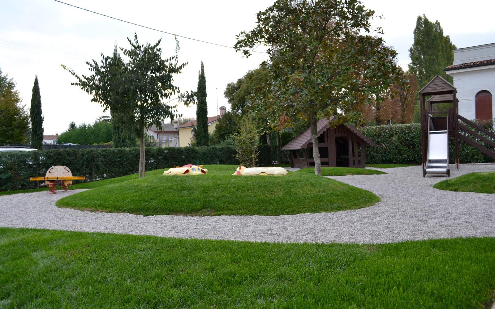 giardino ludico della scuola materna Pio X a Lancenigo di Villorba - 2