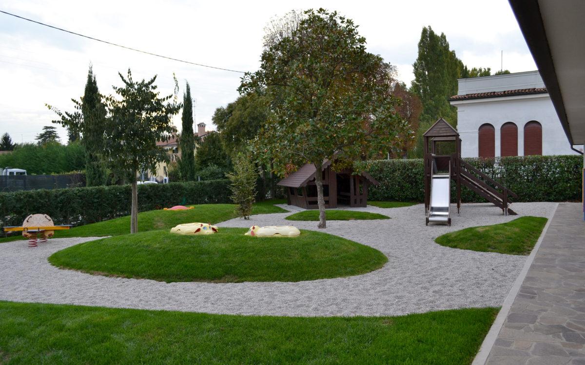 giardino ludico della scuola materna Pio X a Lancenigo di Villorba - 5