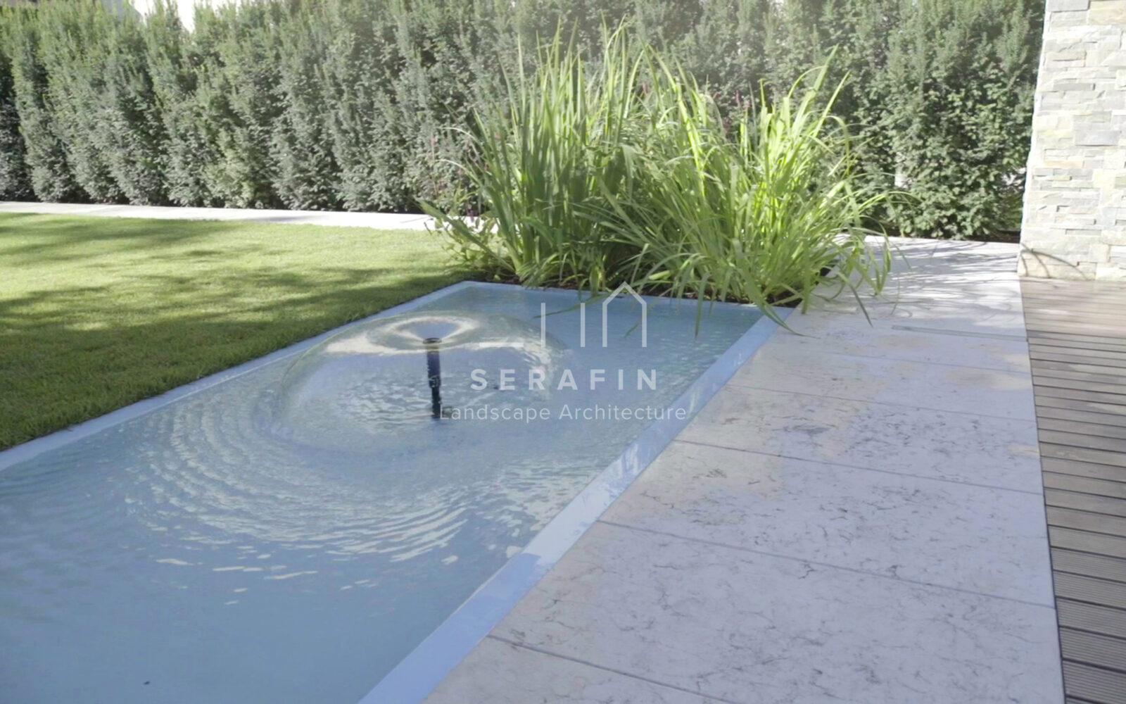 giardino privato con specchio d'acqua - 11
